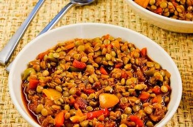 Vegan Picadillo Lentil Stew with Peppers and Green Olives ...