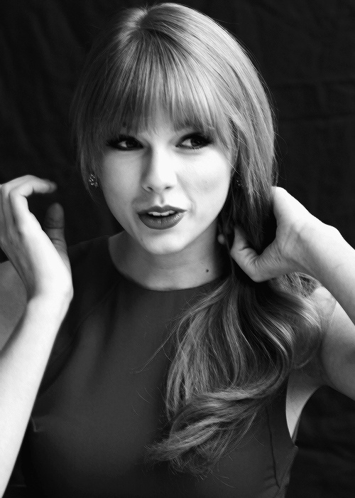 Taylor swift the art of black and white pinterest for Black and white pictures of celebrities
