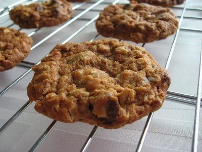 ... Caution: TWD: Chunky Peanut Butter and Oatmeal Chocolate Chipsters