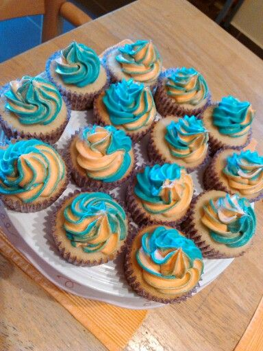 Vanilla double colored cupcakes | fairy dust cupcakes and more | Pint ...