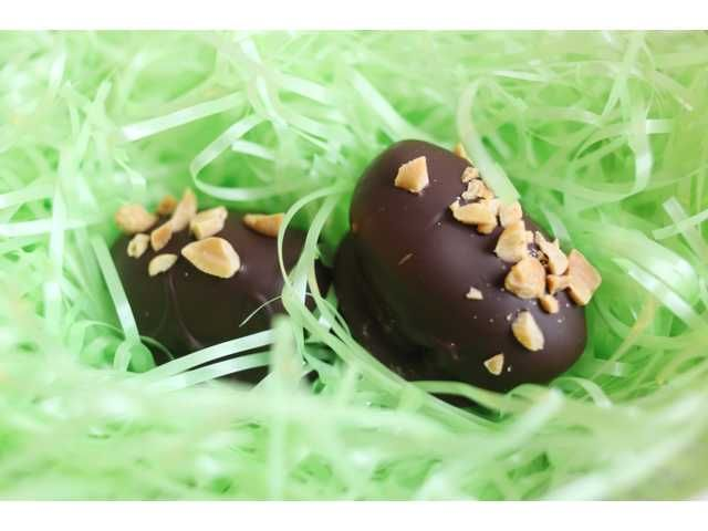 Peanut Butter Easter Eggs | Holiday Cooking | Pinterest