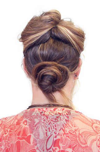 One lol 21 ridiculously easy hairstyles you can do with spin pins