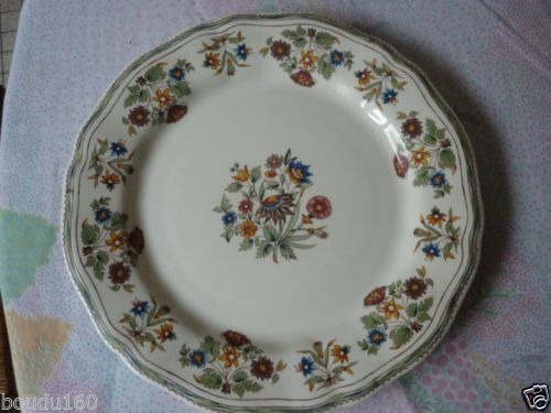 Assiette plate faience de gien modele moustiers olerys for Modele de faience