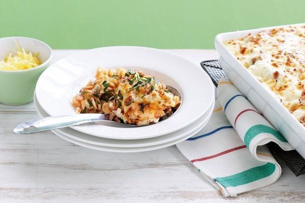 Ricotta & tomato pasta bake | Main dish | Pinterest