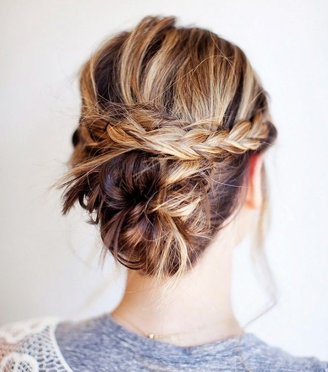 A cool updo for women with shoulder length hair. Takes no time at