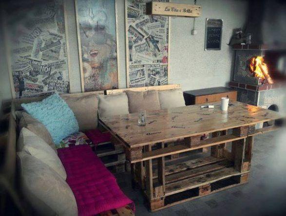 Pallet furniture diy living room moving out pinterest - Living room furniture diy ...