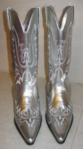 Beautiful New Shiny Silver Cowboy Boots Womens Western Fashion Size 7