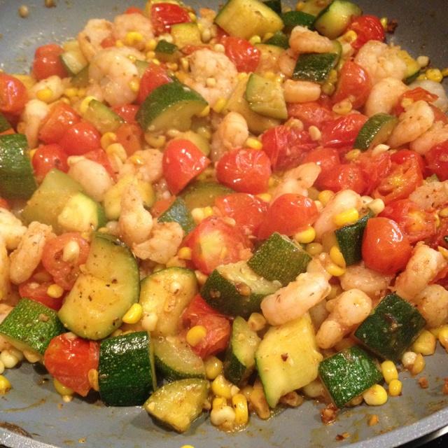 Pioneer Woman's summer stir fry was dinner tonight. So good! Even kid ...