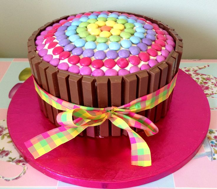 Cake Decorating Ideas With Smarties : Smartie Cake Food & Recipes Pinterest