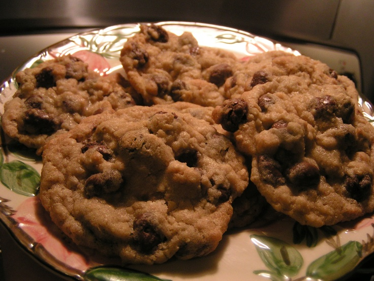 Oatmeal Raisinet Cookies---This cookie gives you not only raisins but ...