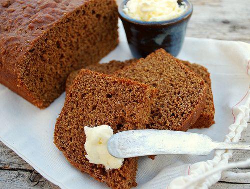 Quick Whole Wheat and Molasses Bread