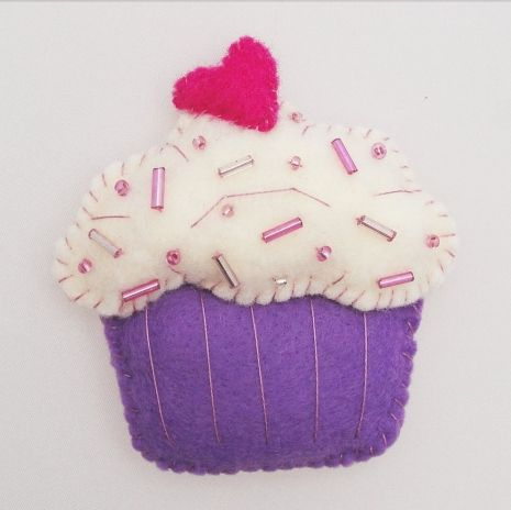 Sweetheart Cupcake Magnet | Cute crafts | Pinterest