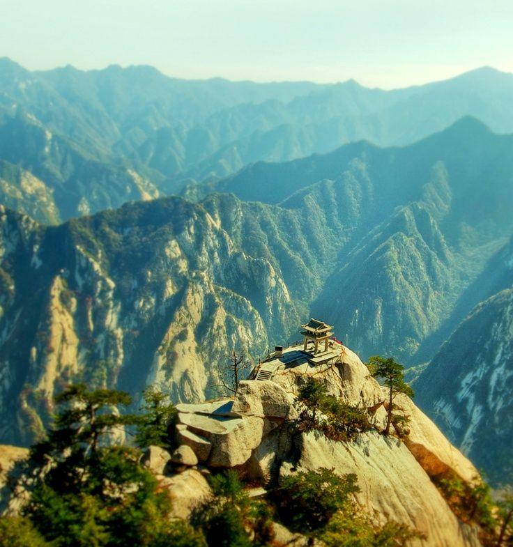 Chinese Temple  Huashan Mountain  ChinaChina Mountain Temple