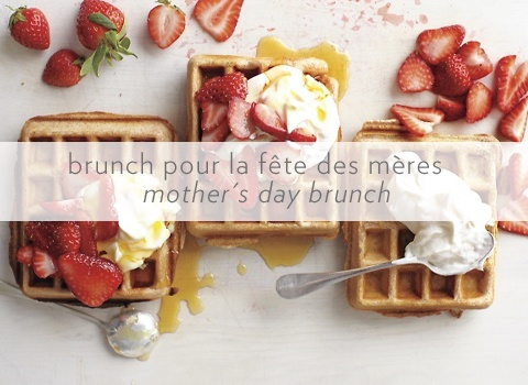 Whole-Grain Waffles with Sliced Strawberries and Yogurt | Recipe