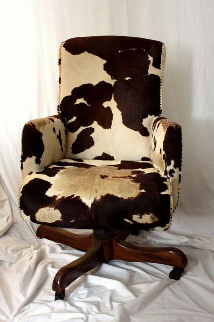 Hank Snow COWHIDE Swivel Chair - Brown White Cow Hide - Collectible Pu2026