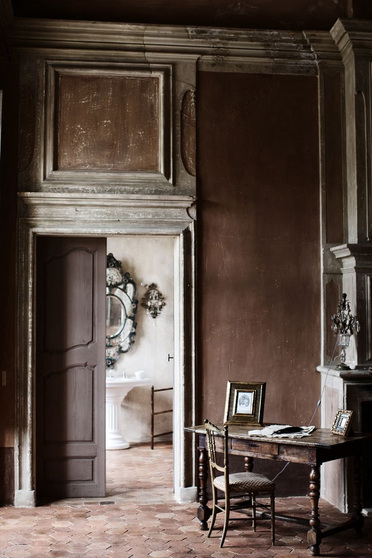French chateau interior interior design pinterest Vintage interior