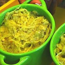 spaghetti squash with pesto and mozz