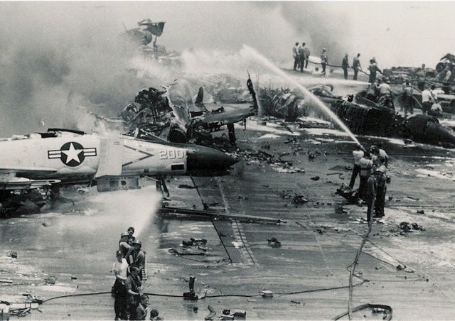 1967 USS Forrestal fire
