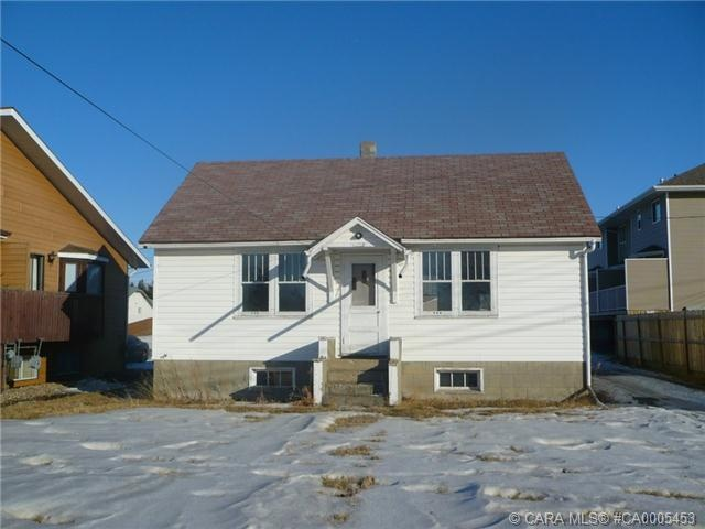 Large lot zoned r4 suitable to build a multi family for Residential lease for apartment or unit in multi family