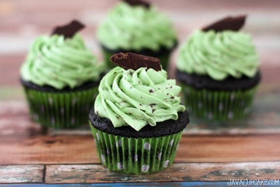 ... cream - mint or peppermint extract -high quality chocolate - green gel