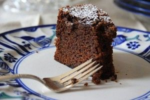Rich dark molasses cake with coffee and chocolate. Moist and delicious ...