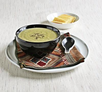 Versatile Vegetarian Kitchen: Curried Cream of Broccoli Soup (Vegan)