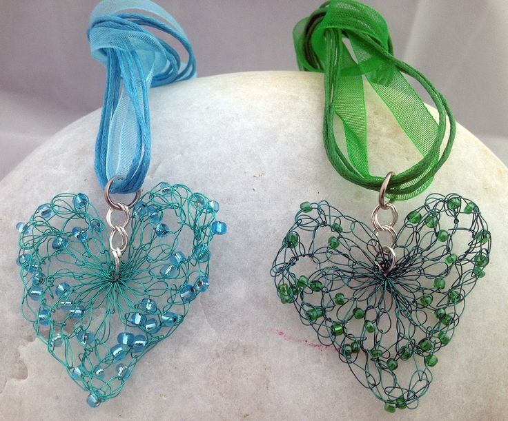 Crochet Wire : crochet wire hearts Crochet Jewelry Pinterest