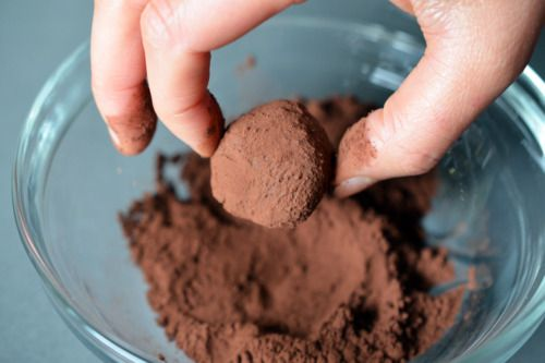 Nom Nom Paleo Chocolate Truffles | Food: desserts | Pinterest