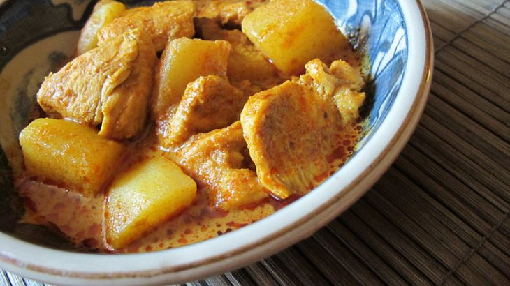 Coconut Chicken Curry - Crock Pot Recipe | Yummo | Pinterest