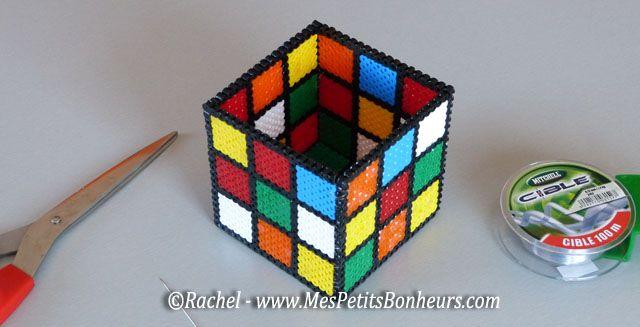 Porte crayon rubiks cube en perles hama bricolages - Bricolage pot a crayon facile ...