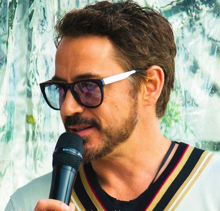 Robert Downey Jr Beard Roberts beard is beyond