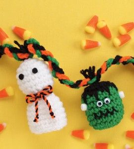Storied Yarns: Free Crochet Pattern: Vine Garland Accessory
