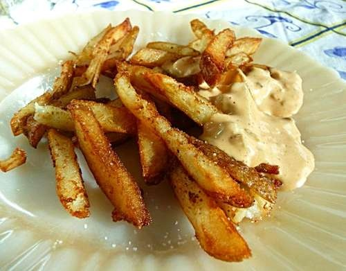 Spicy Fry Sauce. Serve as a dunking sauce or spread it on your ...