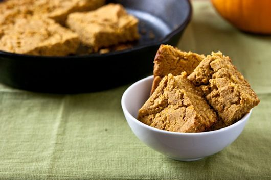 gluten free pumpkin cornbread. oh my wow | YUMMY! | Pinterest