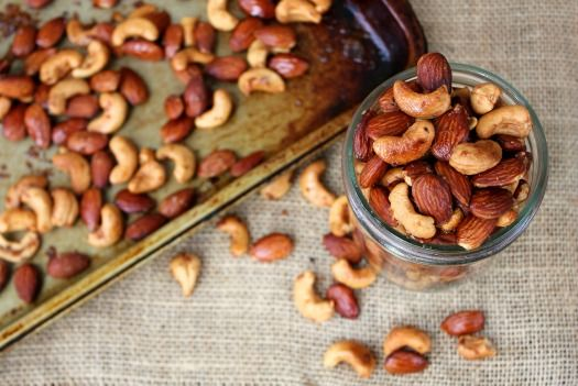 Sweet and spicy roasted nuts | eats | Pinterest