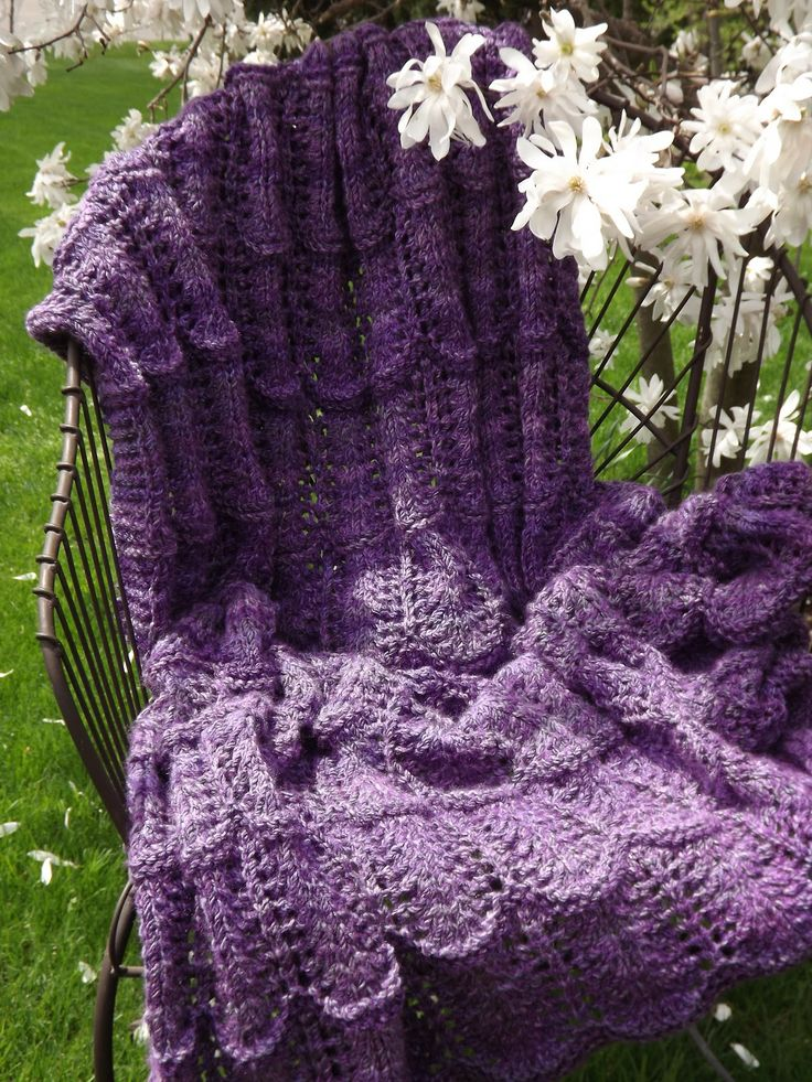 Lace Wave Throw FREE PATTERN Knit - For Home Pinterest