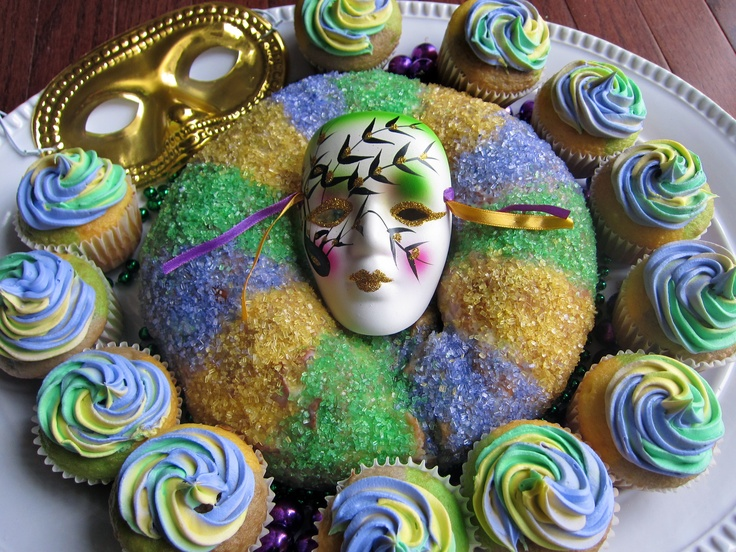 Mardi Gras - King Cake. And I made tri- color cupcakes ( Purple ...
