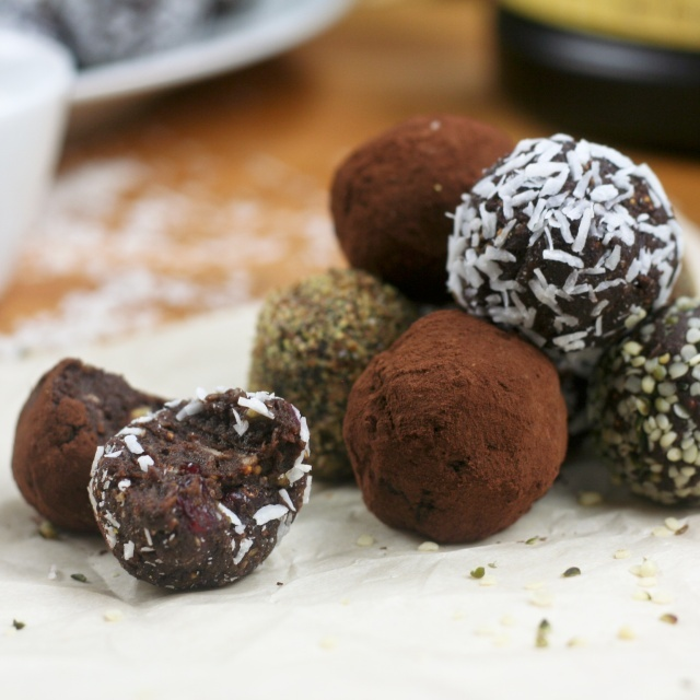 No-Way-These-Can-Be-Good-For-Me Chocolate Truffles | Recipe
