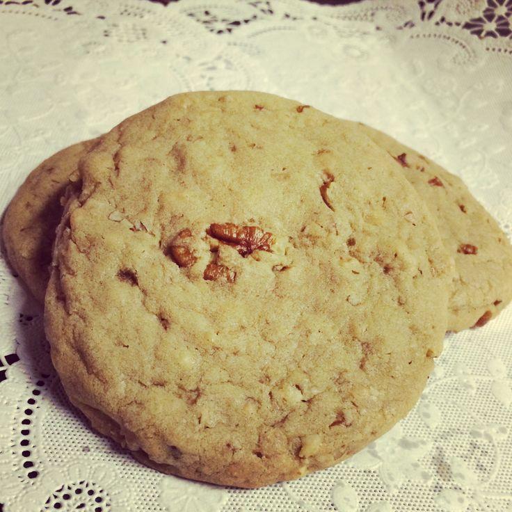 Pecan Praline Cookies!! | www.thecookiejaronline.com | Pinterest
