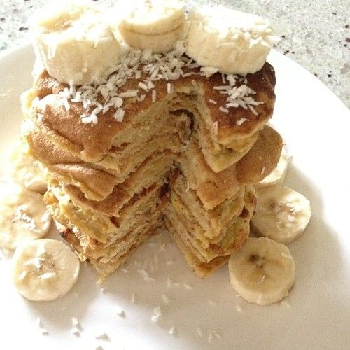 Light & Fluffy Vanilla Pancakes | thehealthycook.tumblr.com