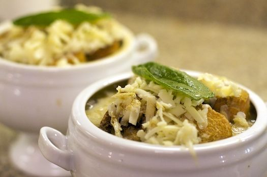 English Onion Soup with Sage and Cheddar | ErinCooks.com | Pinterest