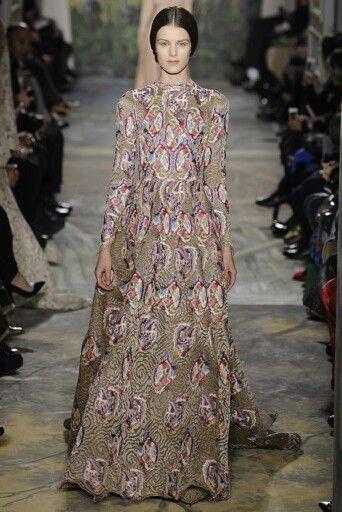 valentino couture fashion
