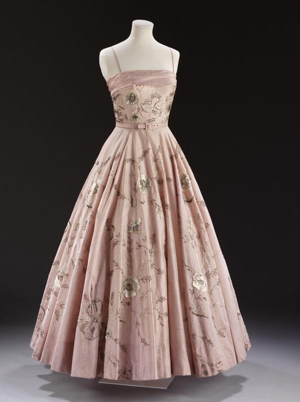 Ballgowns british glamour since 1950 worth design