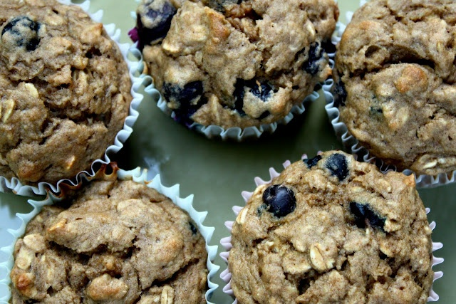 Banana Blueberry Oatmeal Muffins | Healthy Eating | Pinterest