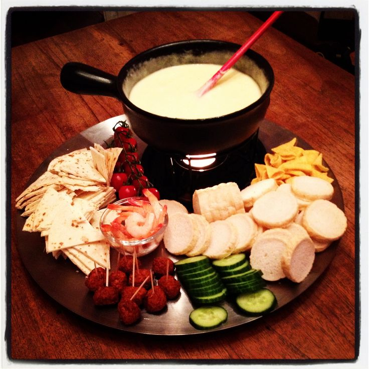 Cheese fondue | Get-In-My-Belly | Pinterest