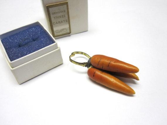 3 carrot ring haha Bling