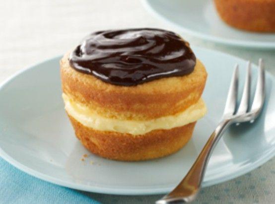 Boston Creme Mini Cupcakes | Tea Party Girl | Pinterest