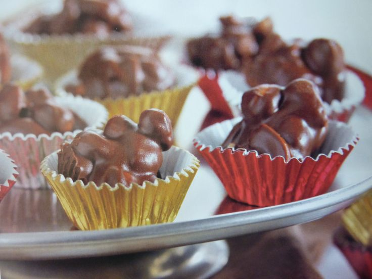 chocolate peanut clusters | chocolates | Pinterest