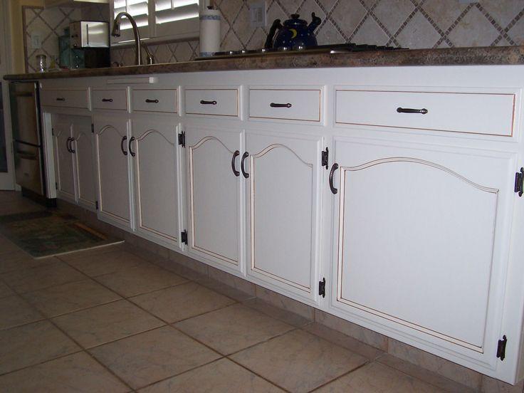 Antique finish on kitchen cabinets antique paint design for Antique painting kitchen cabinets