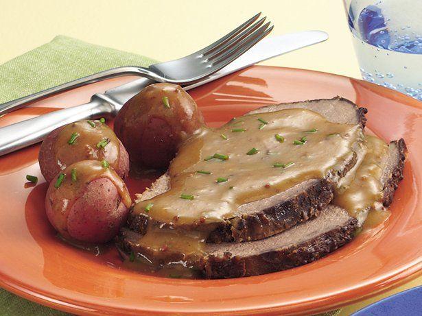 Slow cooker bavarian beef roast with gravy recipe